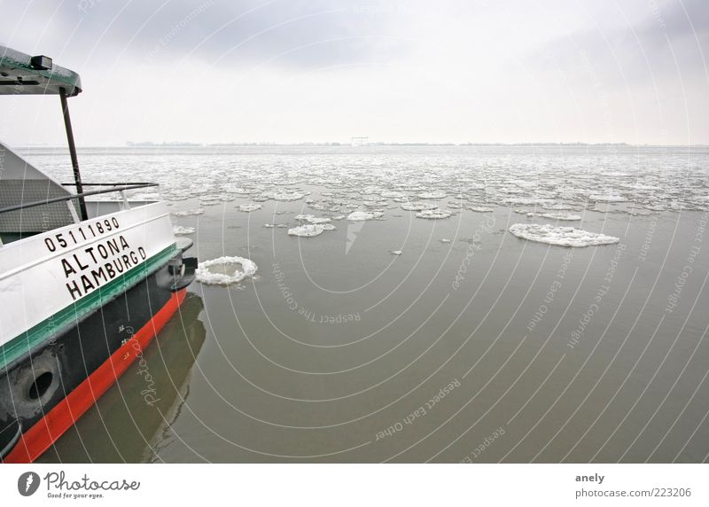 Water Winter Calm Far-off places Loneliness Snow Gray Moody Coast Ice Contentment Horizon Hamburg Frost Break Climate