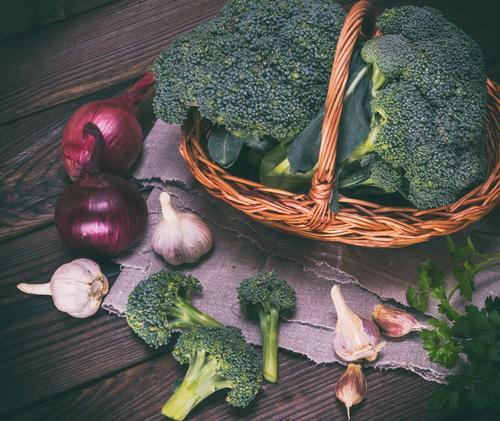 fresh broccoli in a brown wicker basket Vegetable Nutrition Eating Vegetarian diet Diet Table Wood Fresh Natural Brown Green Rustic Ingredients Cooking dieting