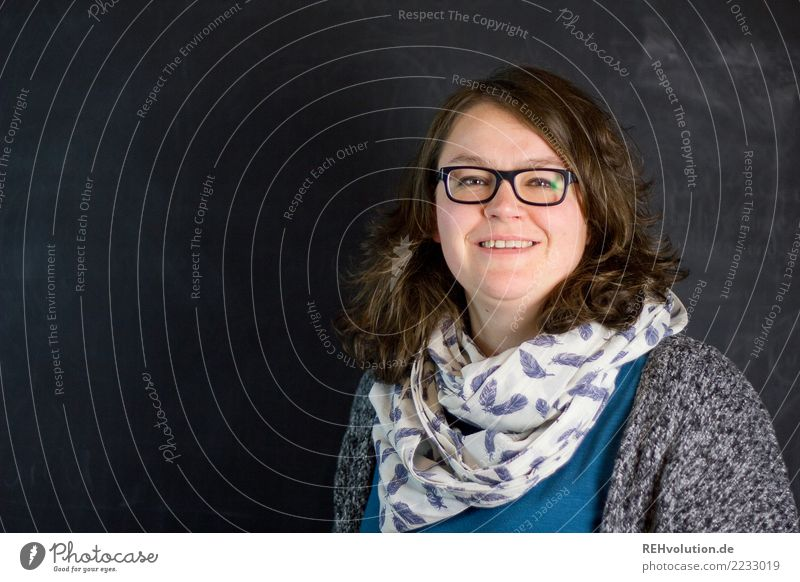 Portrait of a woman in front of a black wall Woman Human being Adults portrait Upper body Contentment Smiling Friendliness Joie de vivre (Vitality) Face