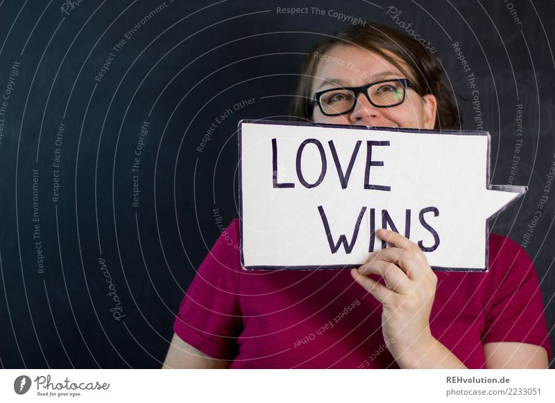 Woman Human being Black Adults Love Feminine Head Pink Characters Signs and labeling Signage Romance Eyeglasses To hold on T-shirt Relationship
