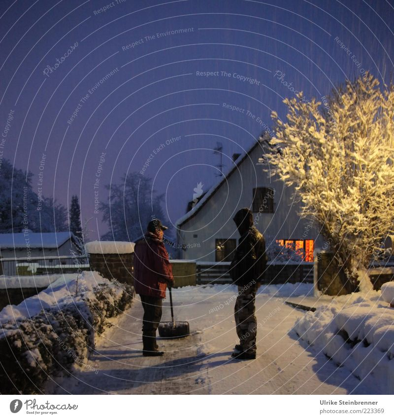 winter sports Winter Snow Human being Masculine Young man Youth (Young adults) 2 Ice Frost Tree Detached house Lanes & trails Jacket Cap Hooded (clothing) Stand