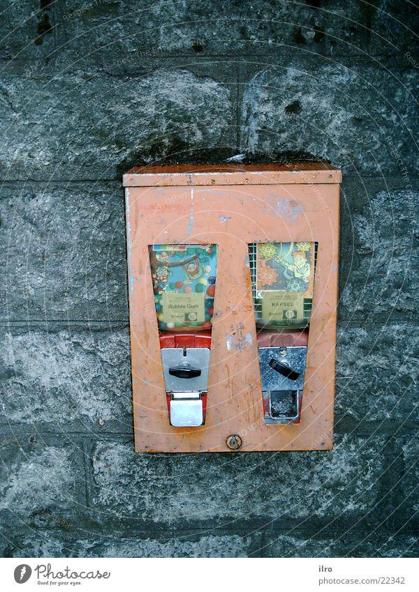 Leisure and hobbies Kitsch Chewing gum Vending machine Gumball machine