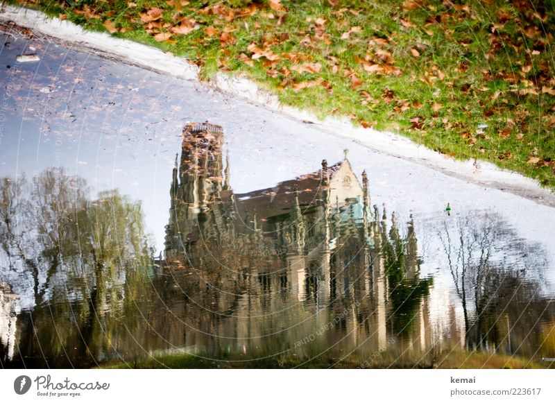 Sky Tree Plant Leaf Meadow Autumn Architecture Building Park Lake Wet Facade Church Tower Manmade structures Lakeside