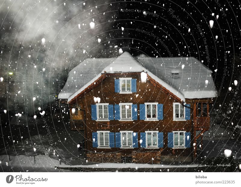 Kevin alone in ... Winter Snow Ice Frost Snowfall House (Residential Structure) Detached house Hut Brown Black White Moody Calm Fog Night Dark Flake Snowflake