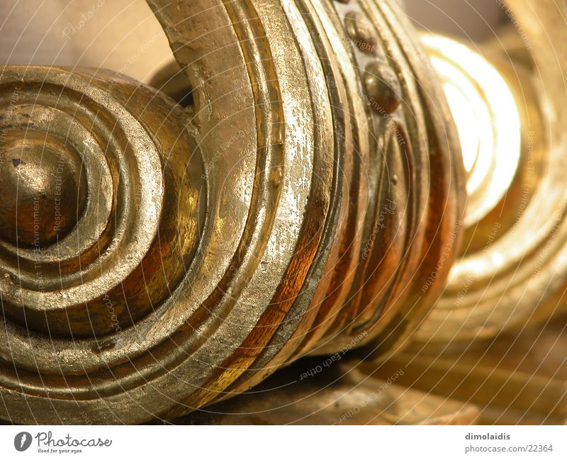 Wood Gold Column Spiral Ornament