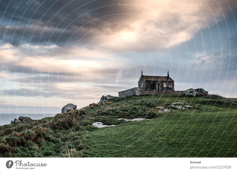 Morning view: St. Nicholas Church in St. Ives Harmonious Well-being Relaxation Calm Tourism Trip Freedom Environment Nature Landscape Sky Clouds