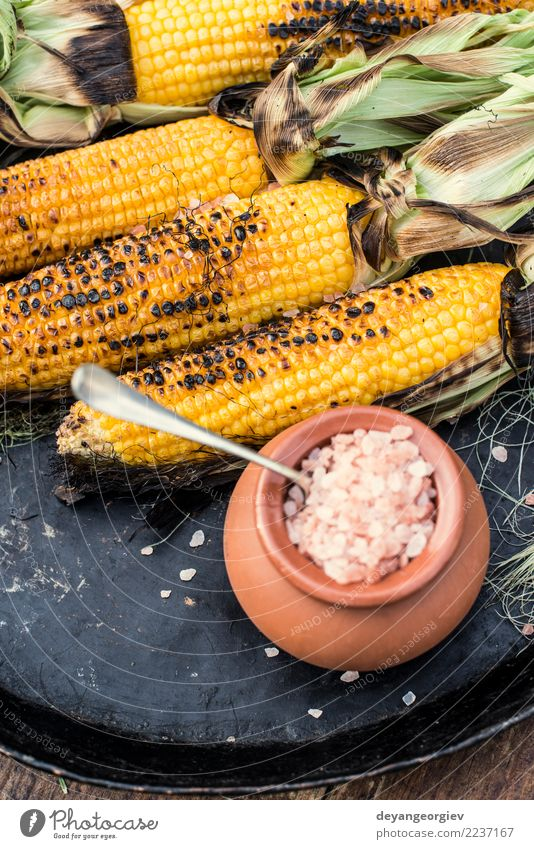 Roasted corn salted Vegetable Nutrition Vegetarian diet Summer Wood Hot Yellow White BBQ roasted food cob background Snack Vantage point Organic Rustic Top