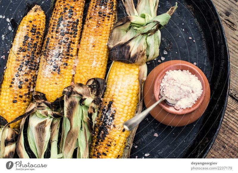 Roasted corn salted Summer White Yellow Wood Nutrition Vantage point Cooking Vegetable Hot Meal Vegetarian diet Top Rustic Snack Organic BBQ
