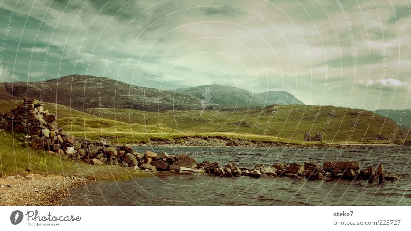 real Scotland pictures have a ruin Sky Summer Beautiful weather Hill Mountain Lakeside Ruin Stone wall Loneliness Vacation & Travel Decline Past Far-off places