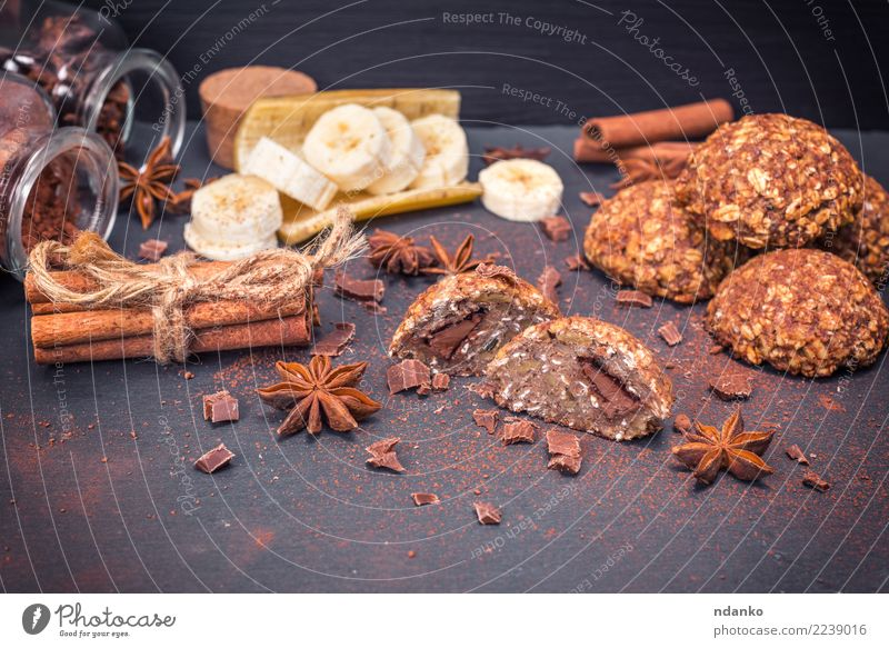 cookies of oatmeal with chocolate White Eating Natural Brown Nutrition Table Energy Herbs and spices Delicious Breakfast Tradition Dessert Baked goods Cooking