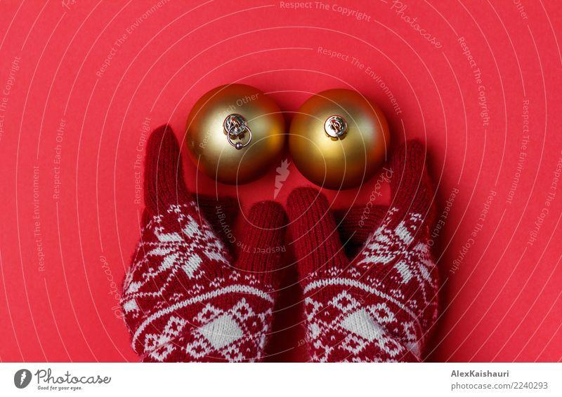 Christmas breast Winter Winter vacation Christmas & Advent New Year's Eve Simple Fresh Joy Warm-heartedness Love Eroticism Friendliness Esthetic Happy Idea