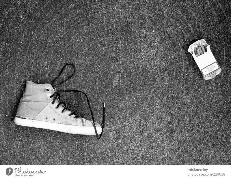 Authentic Cigarette Chucks Doomed Object photography Discovery Black & white photo Dark background Cigarette box