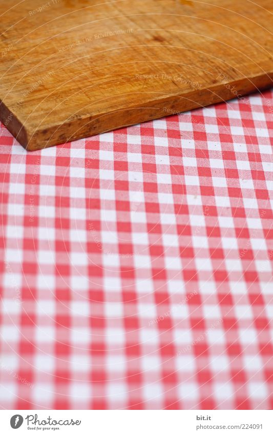 Snack without bread Nutrition Dinner Picnic Brown Red White Joy Chopping board Table decoration Checkered Brunch Wooden board wood Cloth Cloth pattern