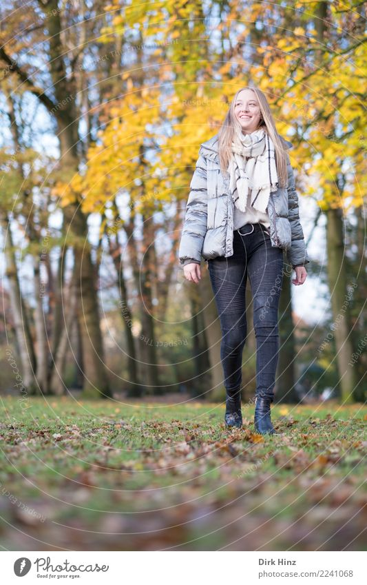 Autumn walk VII Lifestyle Style Human being Feminine Young woman Youth (Young adults) 1 18 - 30 years Adults Fashion Jeans Jacket Scarf Blonde Long-haired Going