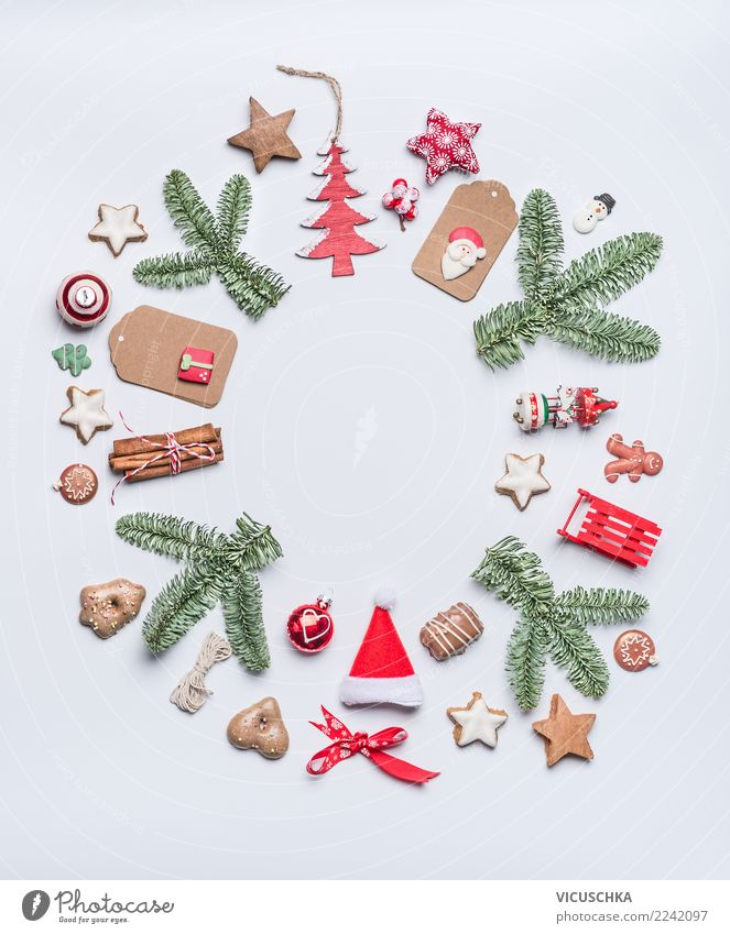 Vacation & Travel Christmas & Advent Winter Background picture Style Feasts & Celebrations Design Decoration Sign Round Tradition Cap Christmas tree Inspiration