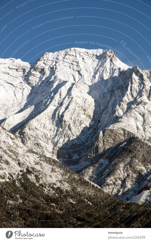 Nature White Blue Snow Mountain Gray Landscape Environment Rock Tourism Travel photography Alps Peak Beautiful weather Snowcapped peak