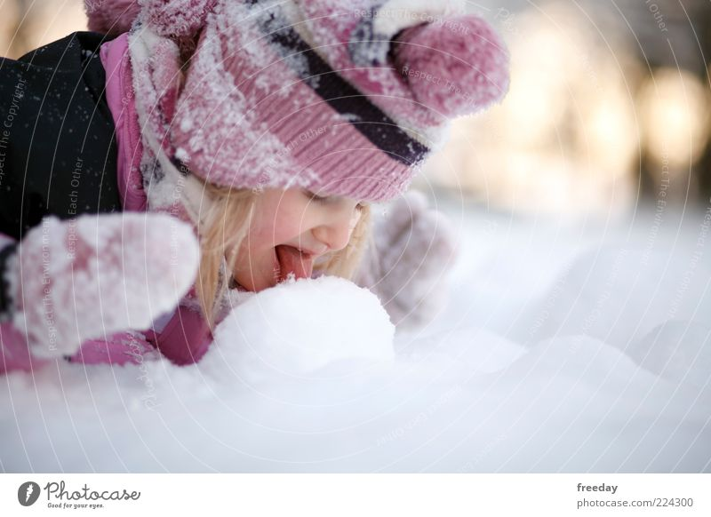 Human being Nature Winter Cold Environment Face Life Snow Weather Infancy Climate To enjoy Mouth Frozen Cap Toddler