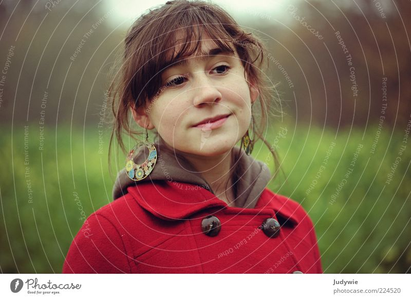 Human being Youth (Young adults) Green Beautiful Red Calm Autumn Feminine Emotions Happy Think Dream Contentment Young woman Smiling Jewellery