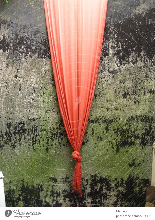 Red Environment Art Cloth Exceptional Drape Knot Work of art
