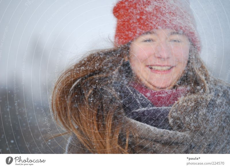 Snow! Feminine Youth (Young adults) Head Hair and hairstyles Face 1 Human being Winter Snowfall Scarf Cap Brunette Long-haired Movement To enjoy Laughter
