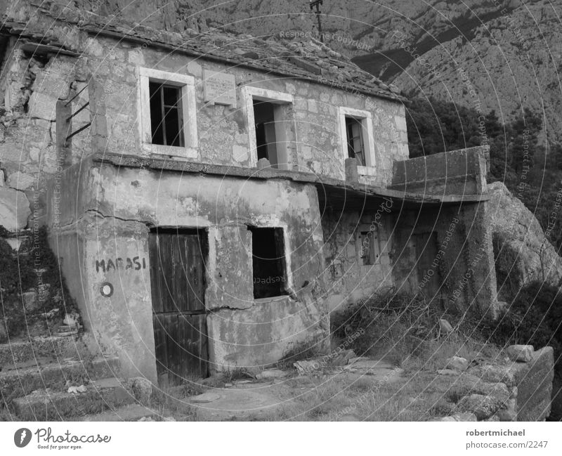ruin House (Residential Structure) Ruin Croatia War Turkey Alpine pasture Black White Earthquake Window Architecture Loneliness Target Make believe Croats