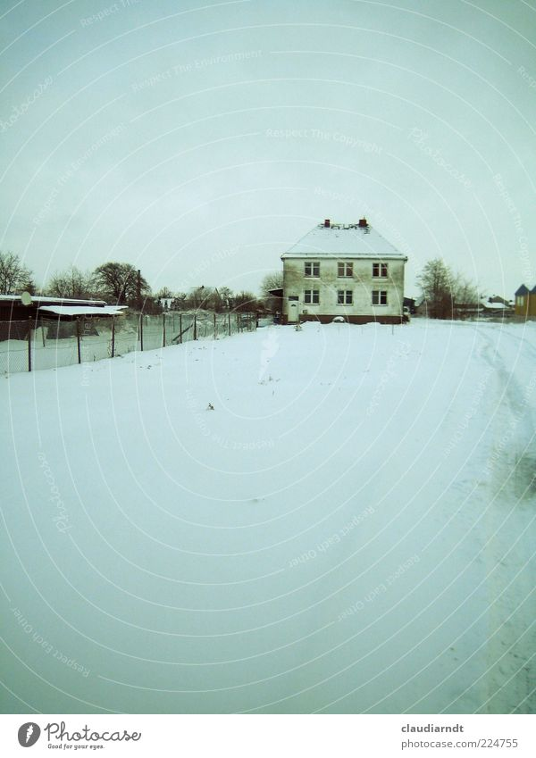 Old White Blue Winter House (Residential Structure) Cold Snow Building Dirty Facade Frost Fence Detached house Possessions Real estate Wire netting fence