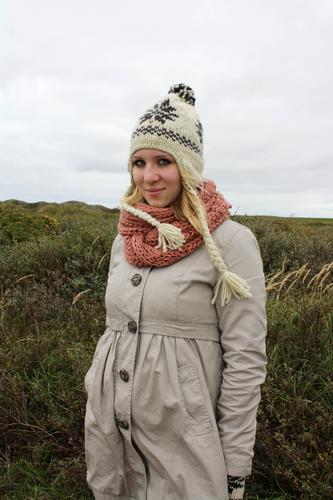autumn. Young woman Youth (Young adults) 1 Human being 18 - 30 years Adults Nature Bushes Coat Scarf Cap Green White Colour photo Exterior shot Day Woolen hat