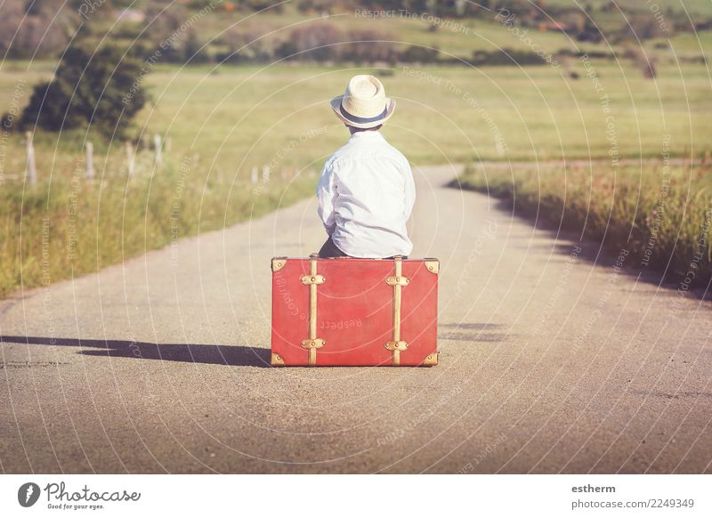child on the road Lifestyle Joy Vacation & Travel Tourism Trip Adventure Freedom Human being Masculine Child Toddler Boy (child) Infancy 1 3 - 8 years Suitcase