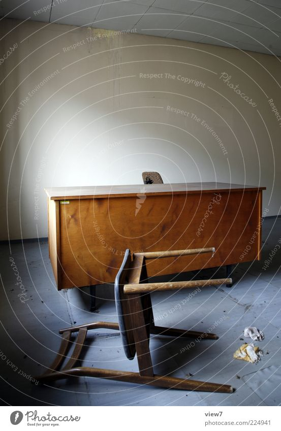 Wood Moody Brown Room Chair Simple Pure Derelict Desk Furniture Decline Shabby Stagnating Tumble down Frightening Untidy