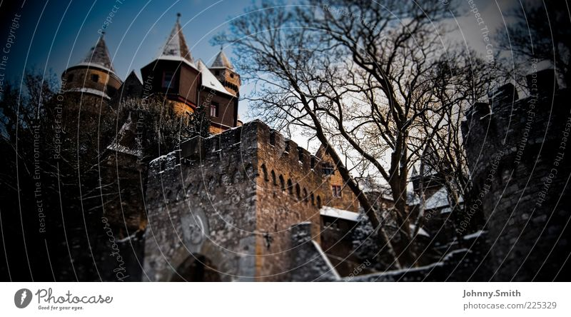 Rapunzel moved out. Culture Winter Snow Small Town Old town Deserted Castle Manmade structures Building Architecture Wall (barrier) Wall (building)
