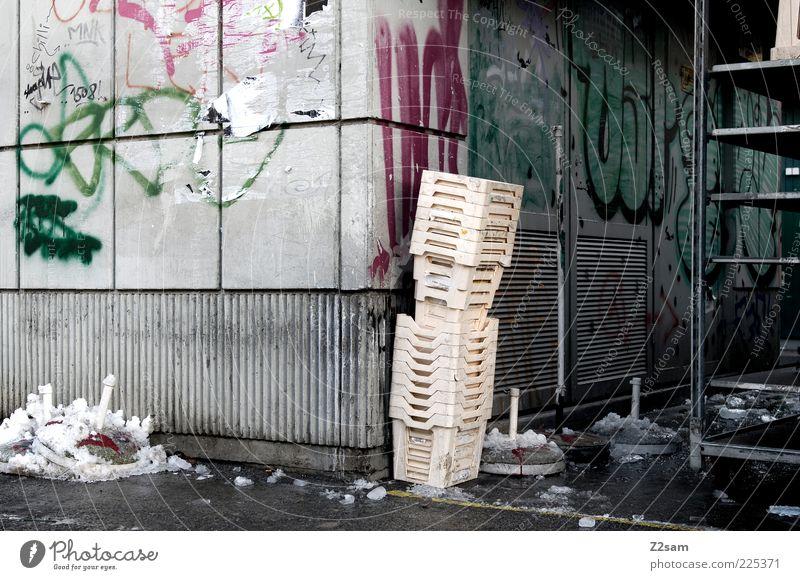 Old Dark Cold Wall (building) Graffiti Lanes & trails Contentment Dirty Facade Arrangement Esthetic Broken Corner Stand Trash Decline
