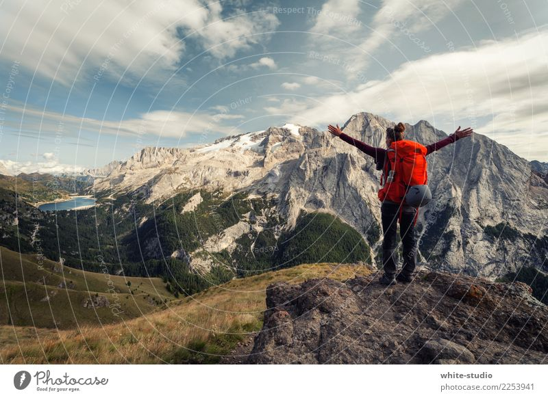 Freedom without end Feminine Woman Adults Hiking Mountain Glacier Dolomites South Tyrol To enjoy Exterior shot Fitness To go for a walk outlook