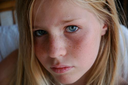 blue eyes Beautiful Hair and hairstyles Skin Face Feminine Girl 1 Human being 13 - 18 years Child Youth (Young adults) Blonde Long-haired Sadness Authentic