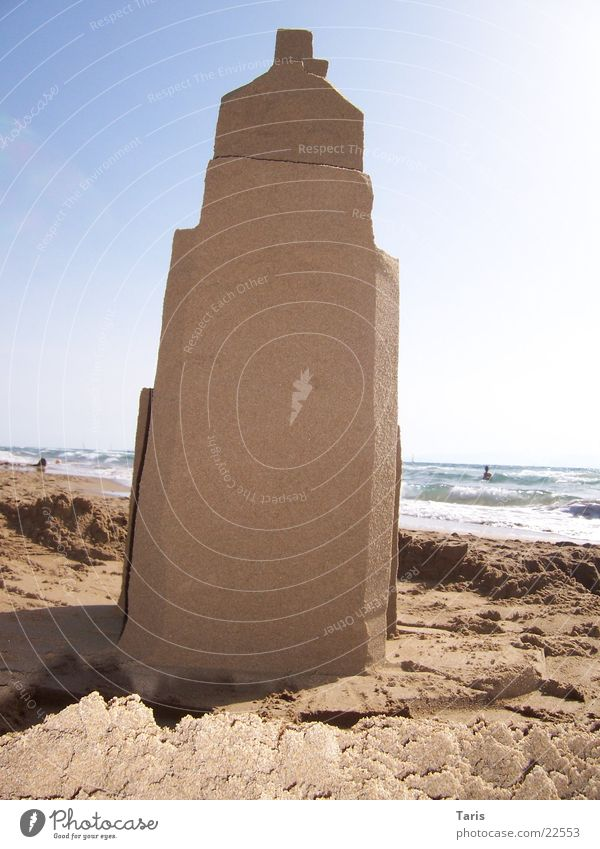 Sky Ocean Beach House (Residential Structure) Wall (building) Sand Brown Architecture Tall Tower Sandcastle