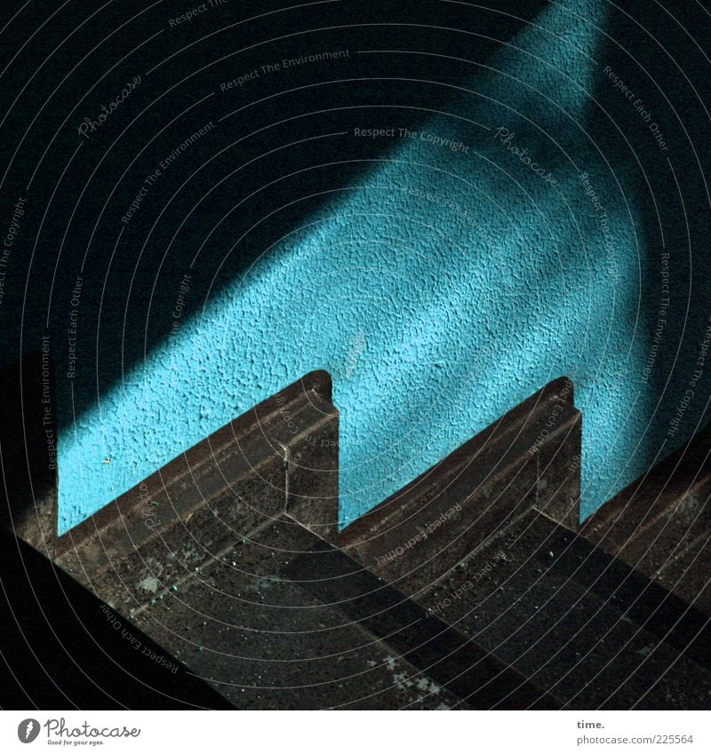 Blue Colour Dark Wall (building) Wall (barrier) Moody Dye Stairs Perspective Corner Floor covering Plaster Staircase (Hallway) Dust Ground Descent