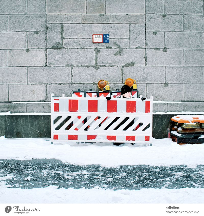 Human being Man Winter Work and employment Snow Wall (barrier) Adults Ice Frost Construction site Observe Profession Sidewalk Cap Fence Border