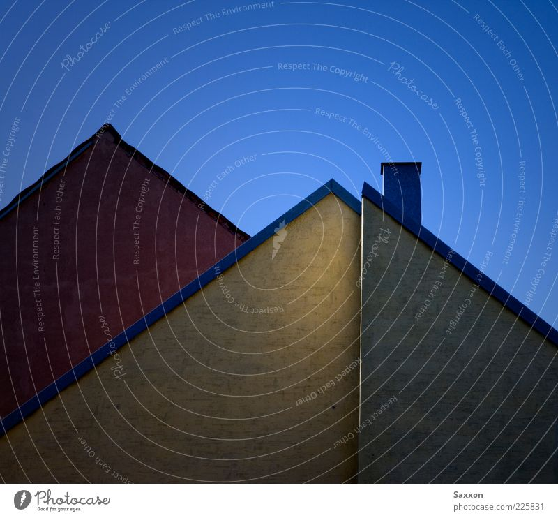House (Residential Structure) Wall (building) Architecture Wall (barrier) Building Facade Roof Chimney Sharp-edged Blue sky Cloudless sky