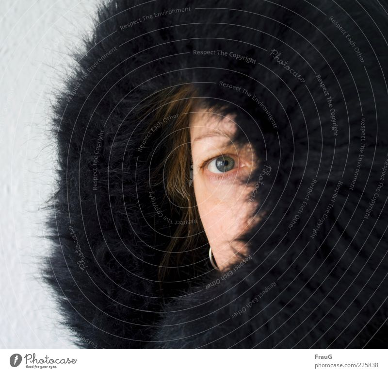 Woman Human being Face Black Eyes Feminine Adults Glittering Observe Pelt 45 - 60 years Brunette Cuddly Hooded (clothing) Fur goods One-eyed