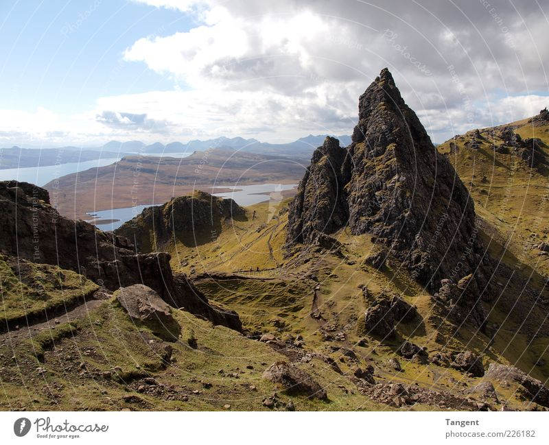 Isle of Skye Nature Green Summer Loneliness Calm Far-off places Environment Landscape Mountain Movement Happy Coast Earth Power Rock