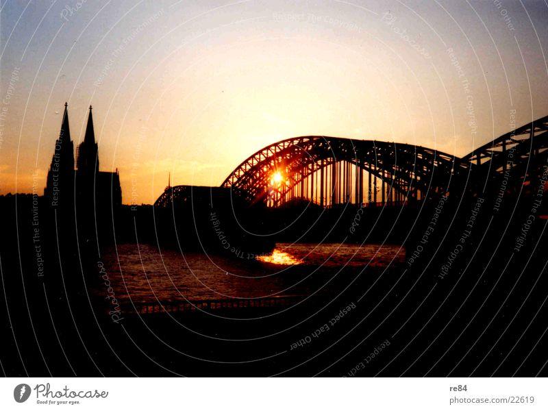 Cologne Sunset 2003 Vantage point Bridge Dome Shadow Sky Rhine Colour