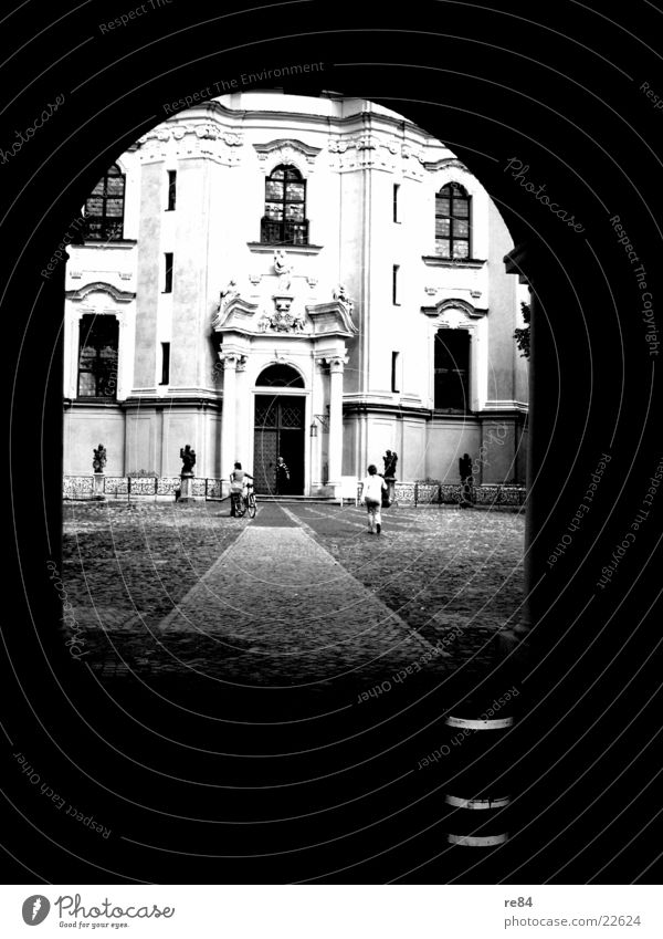 tunnel vision Tunnel Black White Architecture Berlin Religion and faith Old Castle
