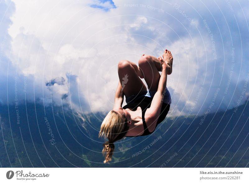 woooohoooow II Leisure and hobbies Summer Jump Salto Back somersault Gymnastics Feminine Young woman Youth (Young adults) Woman Adults 1 Human being