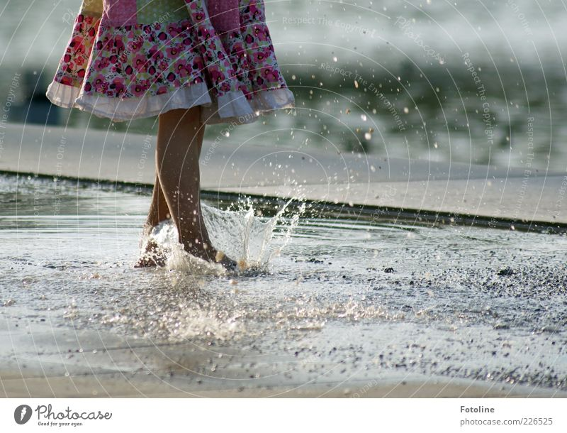 Human being Child Nature Water Girl Summer Feminine Environment Legs Feet Bright Skin Infancy Going Wet