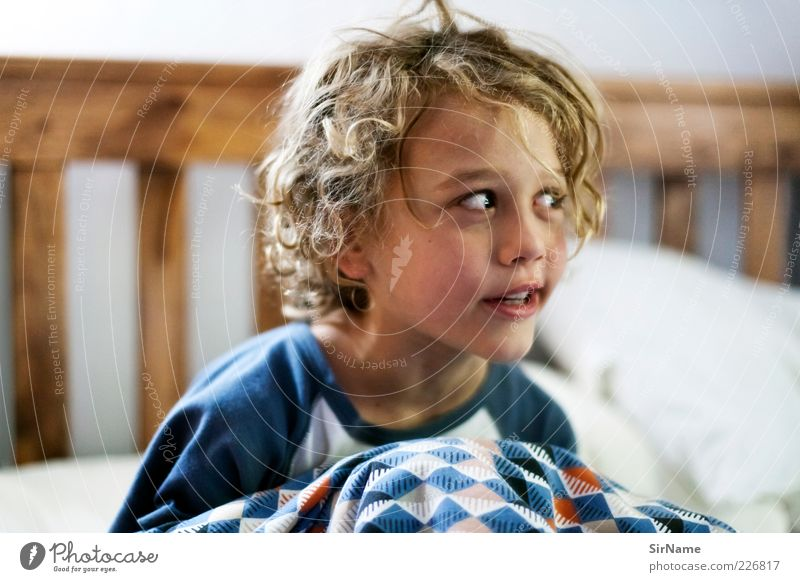 Human being Child Joy To talk Playing Boy (child) Funny Natural Infancy Cute Bed Idea Friendliness Joie de vivre (Vitality) Curl Discover