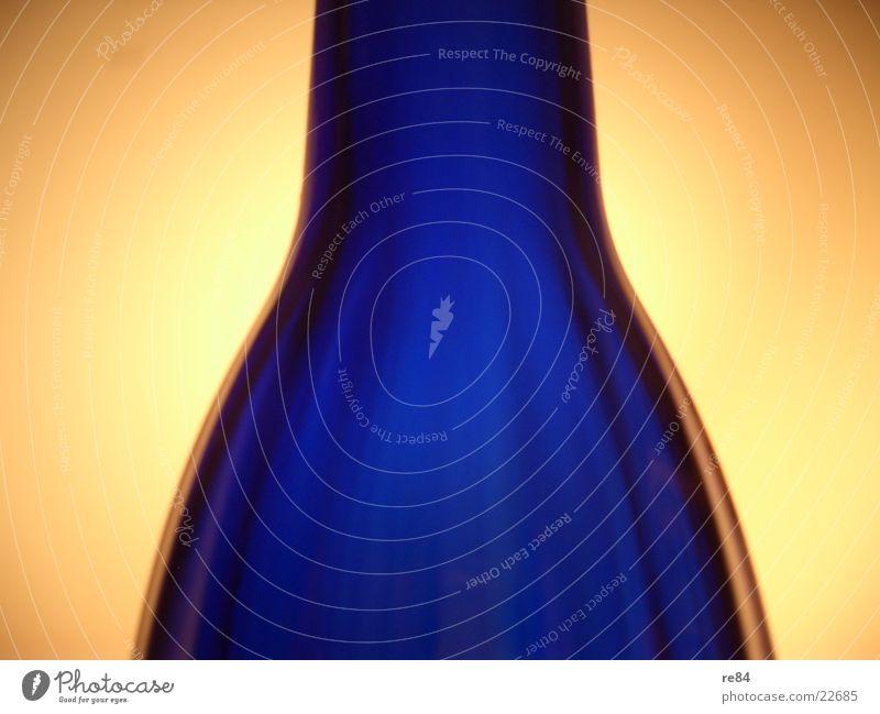 Blue Dark Bright Lighting Glass Round Exceptional Bottle Transparent Vase Projection screen
