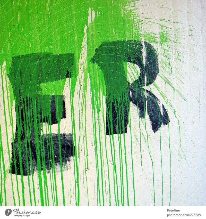 Green White Black Wall (building) Wall (barrier) Dye Art Characters Letters (alphabet) Painting (action, artwork) Trashy Patch Copy Space Street art Daub