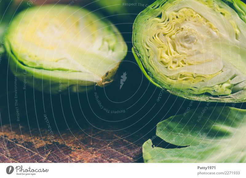 cabbage Food Vegetable Brussels sprouts Nutrition Organic produce Vegetarian diet Diet Chopping board Fresh Brown Yellow Green To enjoy Raw vegetables Division