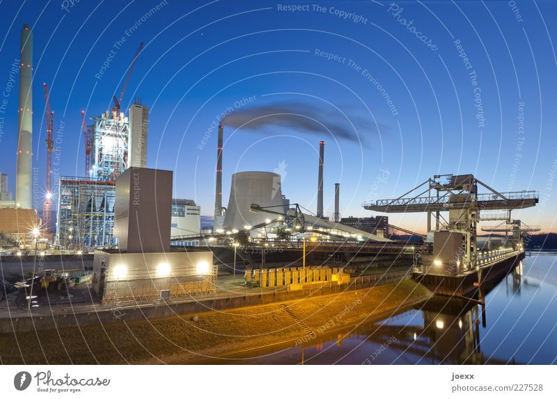 Energy Technology Environment Sky Cloudless sky Sunrise Sunset Climate River bank Industrial plant Chimney Inland navigation Container ship Harbour