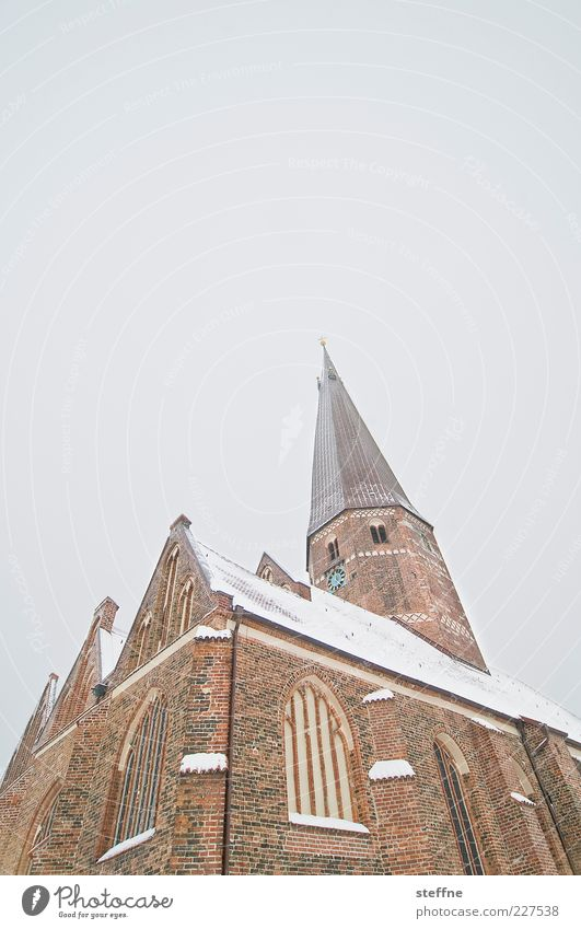 Winter Snow Religion and faith Church Travel photography Brick Sightseeing Tourist Attraction Cloudless sky Church spire