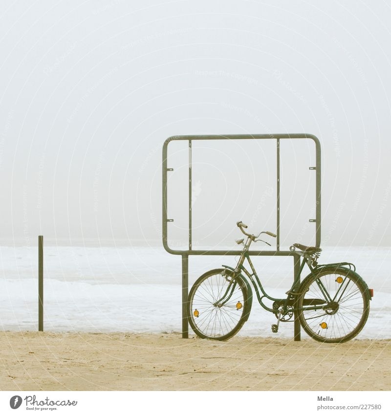 Old Vacation & Travel Beach Winter Calm Loneliness Far-off places Environment Gray Coast Ice Bicycle Trip Signs and labeling Fog Climate